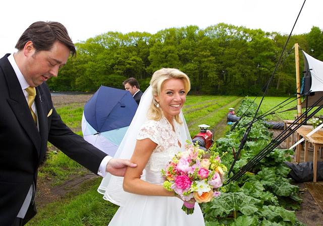 Huwelijk Cyntia Frank en Aldert Schipper met optreden van Xander de Buisonje